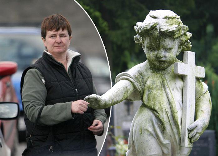 Joanne Hayes & statue